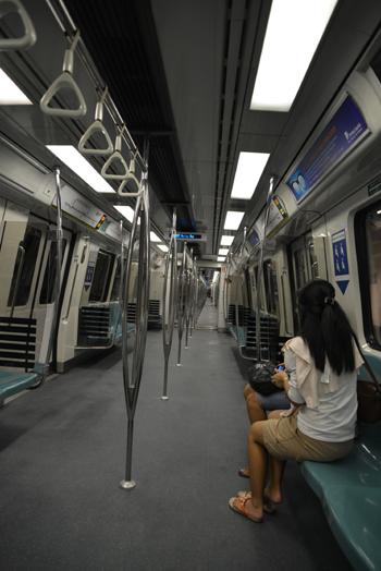 地下鉄の中.jpg